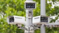 Überwachungskameras vor dem Rathaus von Görlitz