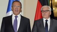 Verhandelten in Berlin: Die Außenminister Sergej Lawrow (Russland, von links nach rechts), Frank-Walter Steinmeier (Deutschland), Pawlo Klimkin (Ukraine) und Laurent Fabius (Frankreich)