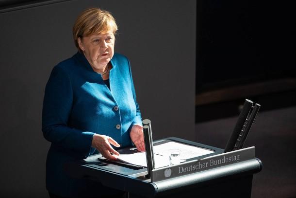 """""""Die Tücke liegt sehr im Detail."""" Merkel spricht im Bundestag."""