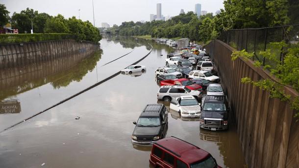 Tote und Verletzte nach Überschwemmungen in Texas