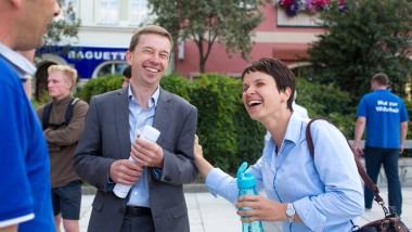 Straßenwahlkampf: Die AfD-Vorsitzenden Bernd Lucke und Frauke Petry in Bautzen
