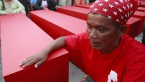 Thaksins Sturz droht sich blutig zu rächen