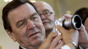 Schröder sorgt für Verwirrung