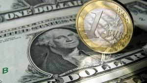 Unternehmen finanzieren sich leichter in Dollar