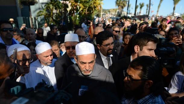 Muslimischer Theologe sieht Religion als Schutz vor Terrorismus