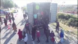 82 Migranten aus Afghanistan in LKW entdeckt