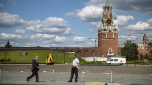 Russland will angeblich Massenimpfung im Oktober starten