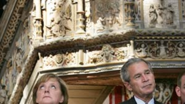 """Wie bei Honecker"""