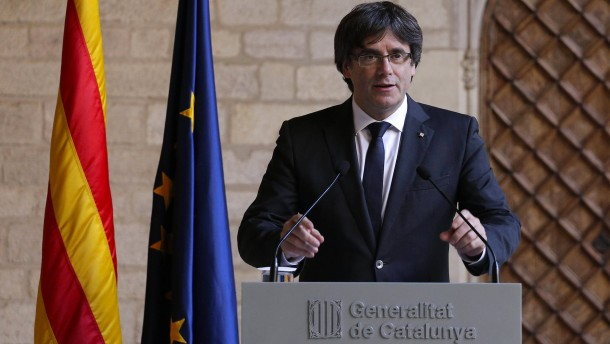 Konflikt mit Madrid: Katalanische Regionalregierung lehnt Neuwahlen ab