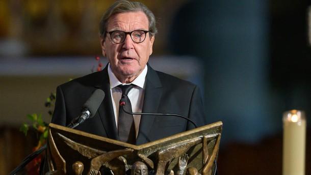 """Schröder warnt vor """"Zerfall Europas"""""""