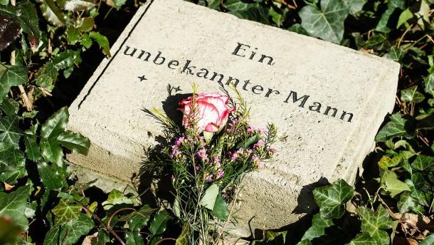 Steinmeier besucht Friedhof der Märzgefallenen