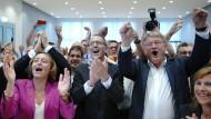 Jubel, Trubel, Heiterkeit: AfD-Politiker am Wahlabend in Dresden