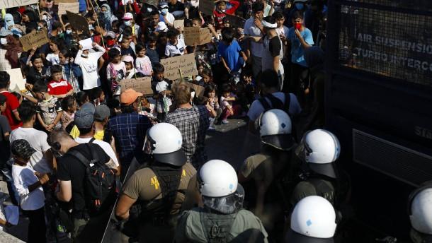 Polizei geht gegen obdachlose Geflüchtete vor