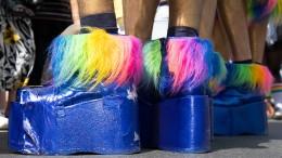 Auswärtiges Amt beklagt Rückschritte bei LGBTI-Rechten