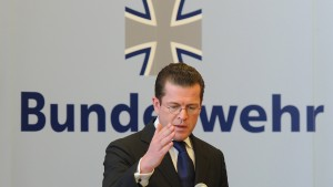 Koalition entlastet Guttenberg