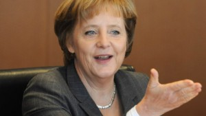Merkel verteidigt Rentenerhöhung