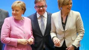 SPD spottet über Selbstzerfleischung der CDU