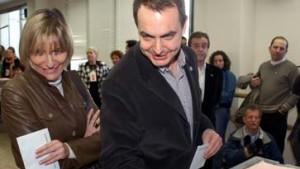 Spanier befürworten EU-Verfassung mit großer Mehrheit
