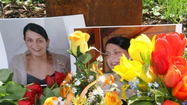 Mordserie Neonazis - Gedenktafel für Polizistin Kiesewetter
