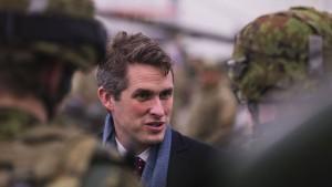 Britischer Verteidigungsminister sieht neue Ära der Kriegsführung
