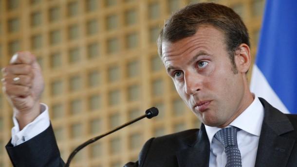 Ein Jungdynamiker soll Hollande retten