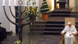 Papst ernennt ultrakonservativen Weihbischof