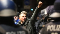 Bilanz des Abends: 1500 Demonstranten, 2000 Polizisten