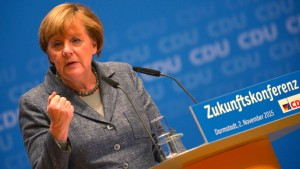 Merkel warnt vor militärischen Konflikten durch Grenzschließung