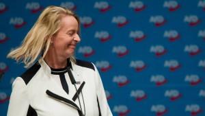 Guth setzt sich bei Niedersachsen-AfD durch