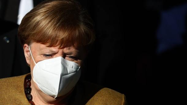 Merkel kritisiert Putin scharf