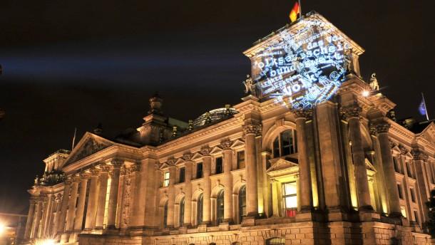 Politische Licht-Kunst-Aktion in Berlin