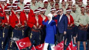 Erdogan und Anhänger feiern Eroberung Konstantinopels