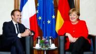 Gut gelaunte Europäer: Macron und Merkel in Frankfurt