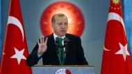 Mit Erdogans Verfassungsänderungen droht der Türkei das Ende der Demokratie, fürchtet die türkische Anwaltskammer.