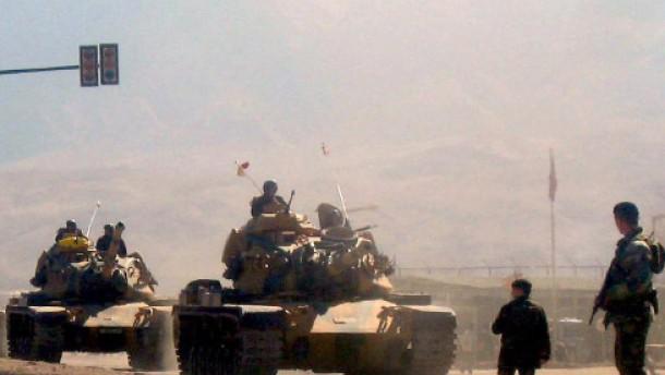 Dutzende Tote bei türkischer Offensive gegen PKK