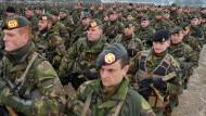 """Niederländische Truppen während der Nato-Militärübung """"Bison Drwasko 2017"""" in Polen"""