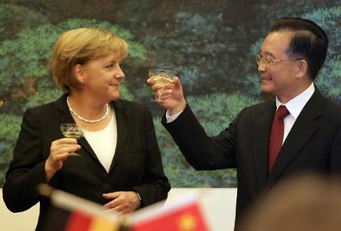 Ein Prosit auf das verbesserte deutsch-chinesische Verhältnis