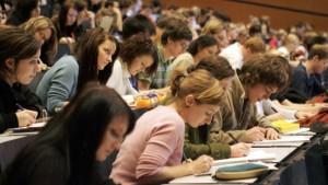 Bafög-Erhöhung gestoppt, Stipendiengesetz gebilligt