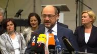 Schulz und Merkel schränken Wahlkampf wegen Barcelona-Anschlag ein