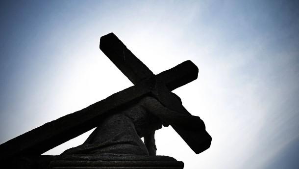 Evangelische Kirche setzt Betroffenenbeirat aus