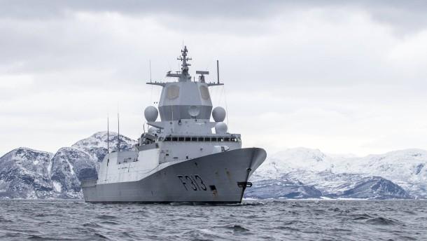 Trident Juncture: Norwegisches Kriegsschiff kollidiert mit Tanker