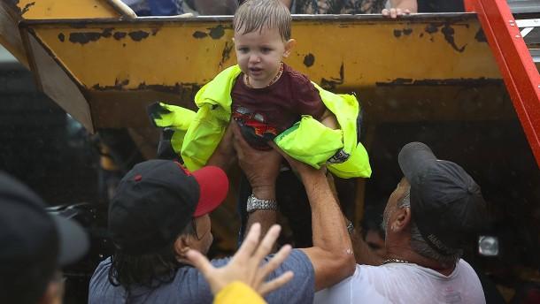 Trump im Kriseneinsatz in Texas