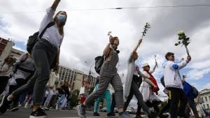 Menschenketten gegen Lukaschenka