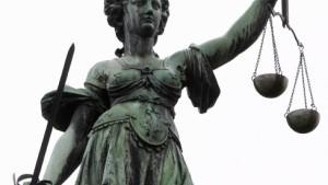 Betriebswirte statt Juristen