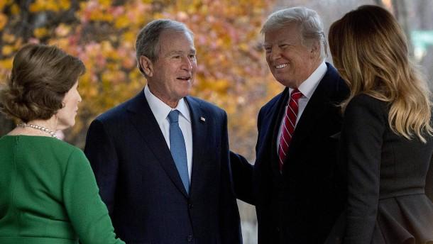 """George W. Bush beklagt """"systemischen Rassismus"""" in Amerika"""