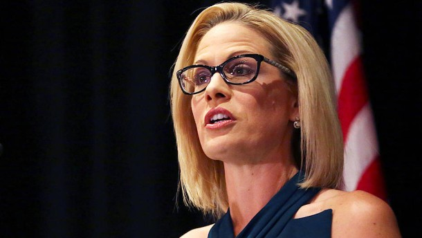 Demokraten nehmen Republikanern Senatssitz in Arizona ab