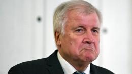 Seehofer deutet erstmals möglichen Rücktritt an