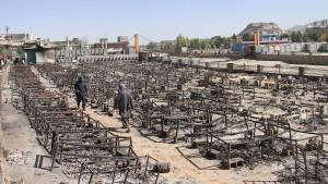 Anschlag und Gefechte fordern zahlreiche Tote
