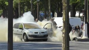 Vier Verwandte des Angreifers von Paris festgenommen