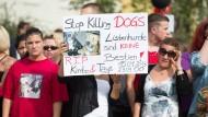 Demonstration für Kampfhunde